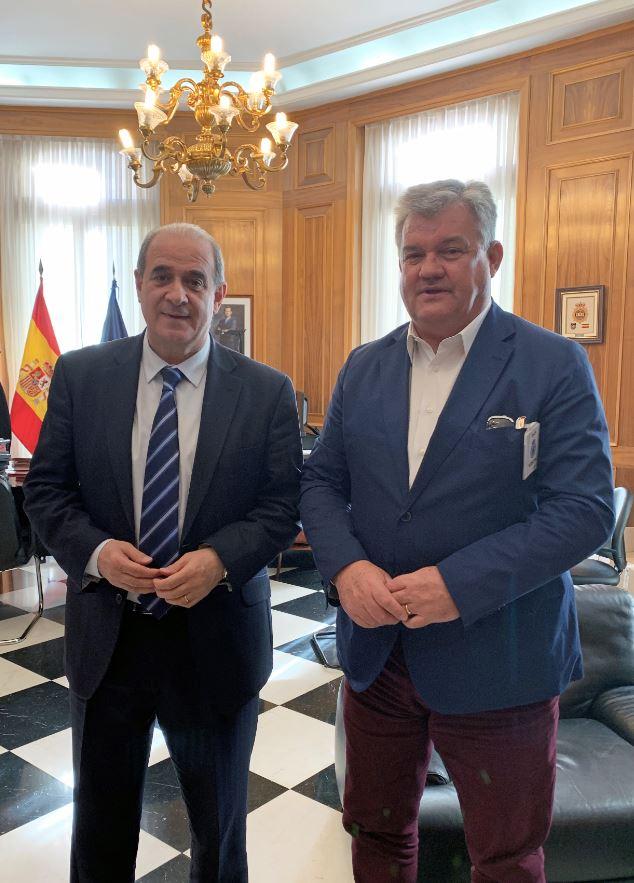 CETRAA aborda con el director general de la Policía Nacional el problema de los talleres ilegales