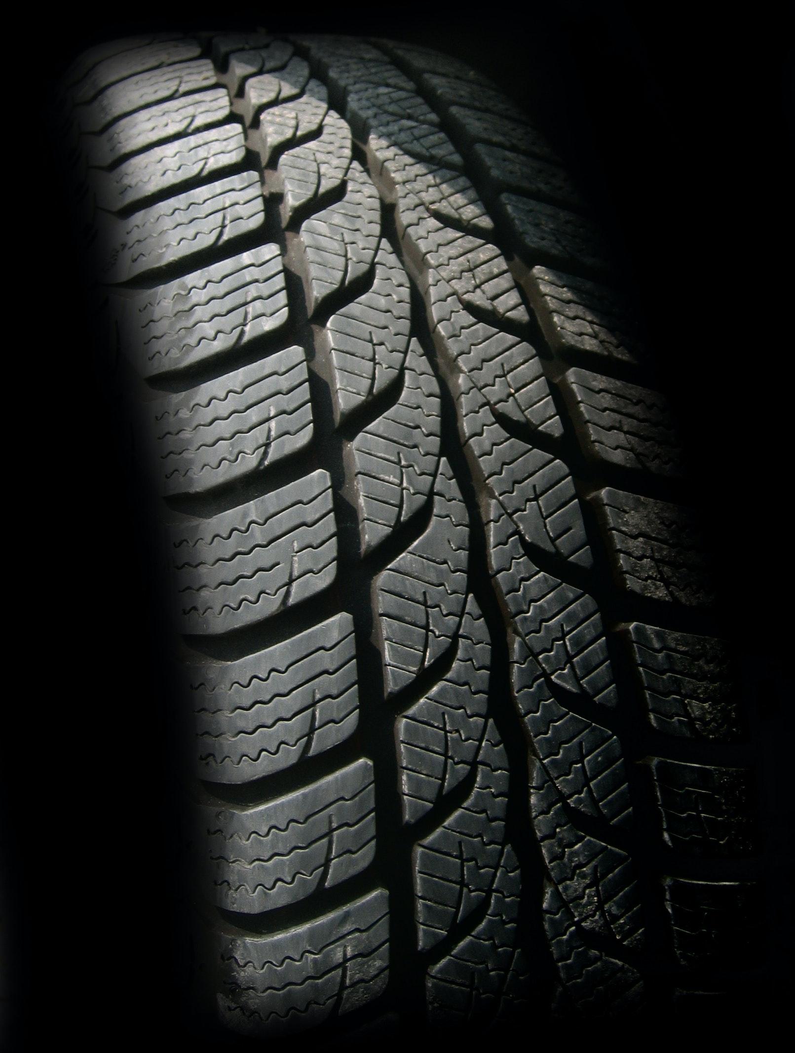 Denuncian la mala gestión en la recogida de neumáticos fuera de uso